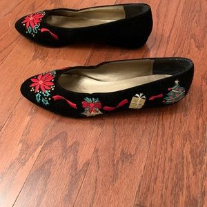 Talbots christmas flat shoes